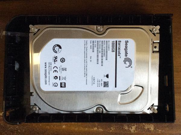 HD-LS1 HDD外付けドライブからのデータ復旧